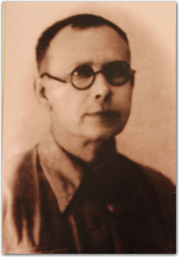 АКСЕНОВ П. В.